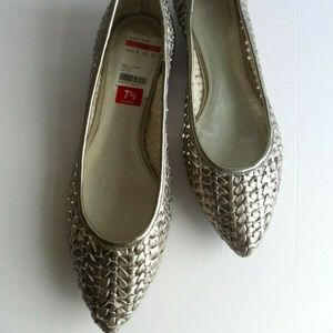 Marc Fisher Woven Silver Pointy Flats Shoes 7.5M